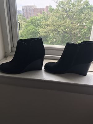 Lucky brand uncle boots size 8 1/2 for Sale in Arlington, VA