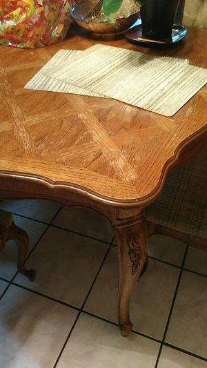 Kitchen table for Sale in Choctaw, OK
