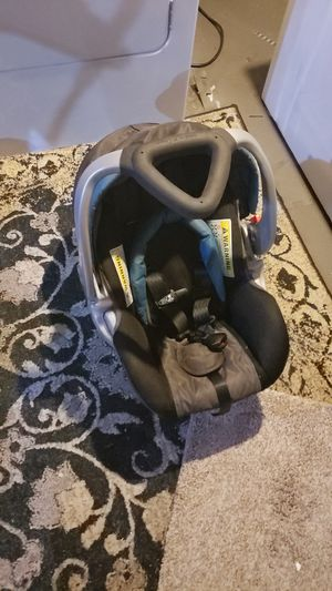 Baby trend carseat ,carseat base, carseat stroller for Sale in Crete, IL