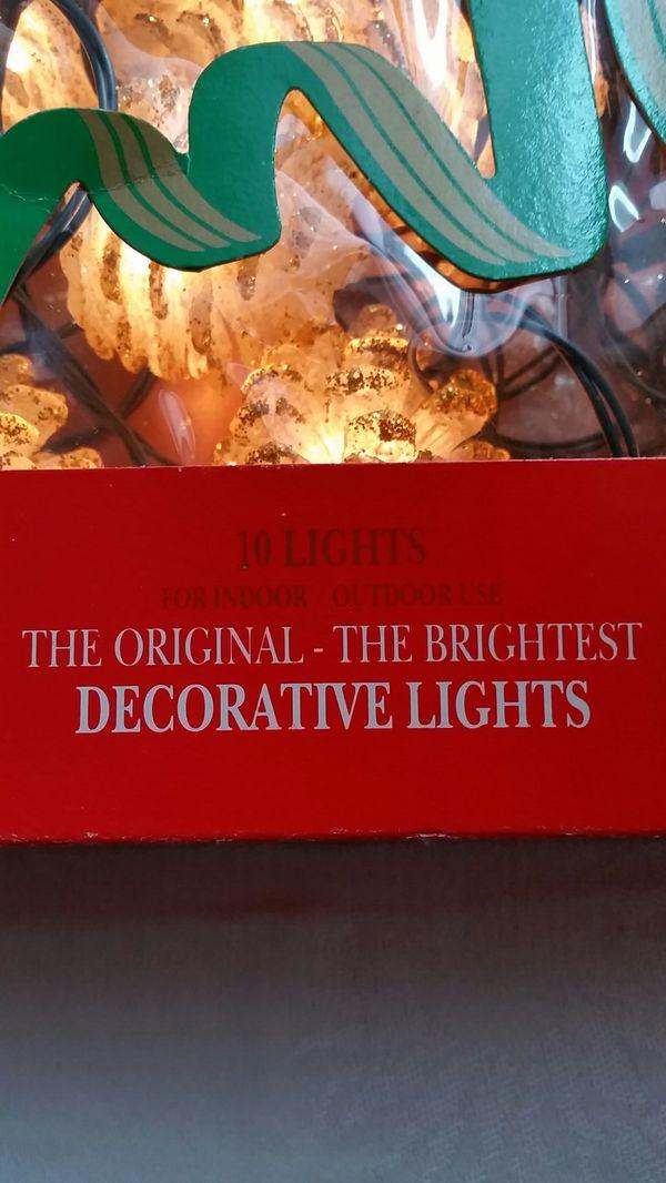 Vintage Pinecone Christmas Lights