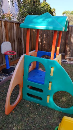 Toddler little tikes climbing structure for Sale in Fremont, CA