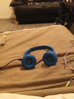 Wireless bluetooth headphones for Sale in Tucson, AZ