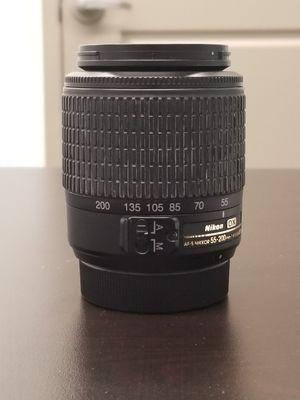 Nikon AF-S DX Nikkor Telephoto Zoom 55-200mm f/4.0-5.6G for Sale in St. Louis, MO