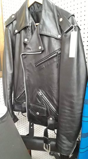 Harley Davidson motorcycle jacket. Great condition. Size 40L. Original price $145.00, sale price $87.00. Located at Long Beach Antique Mall 2 1851 F for Sale in Long Beach, CA