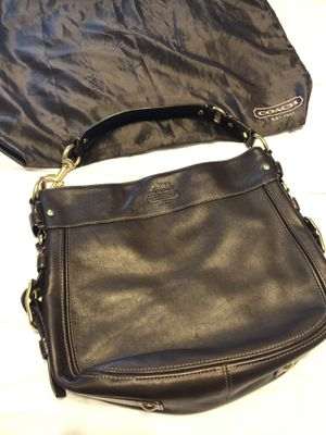 Authentic Coach Bag: Large Zoe Gold Metallic Leather Hobo Handbag for Sale in Orlando, FL