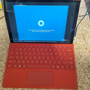 Surface Pro 5Th GEN i7 16GB RAM 512GB HD for Sale in New York, NY