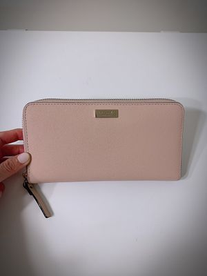 Kate spade long wallet for Sale in Lansdale, PA
