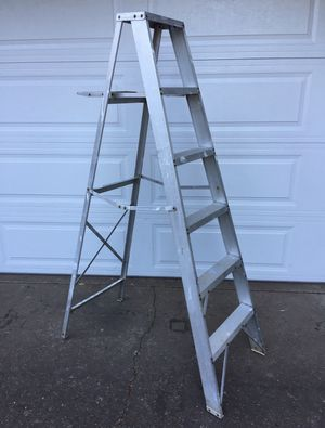 Aluminum step ladder for Sale in Oregon City, OR
