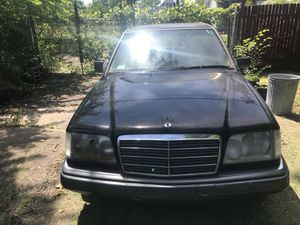 93 Mercedes Benz (parts only) for Sale in Highland Park, MI