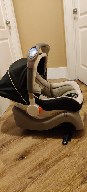 Car seat for Sale in West Sacramento, CA