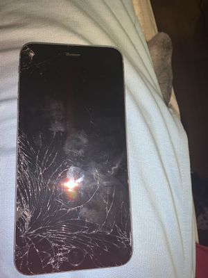 Iphone 6 plus for parts for Sale in Las Vegas, NV