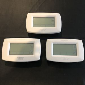 Honeywell Programmable Thermostat for Sale in Wake Forest, NC