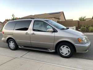 TOYOTA SIENNA LE VAN Seats 7 ICE COLD A/C CLEAN TITLE! Trade 4 honda odyssey ford club wagon 15 seater 12 seat corolla accord camry crv suv civic for Sale in Sacramento, CA
