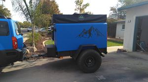 Off-road overland trailer w/ rooftop tent for Sale in Clovis, CA