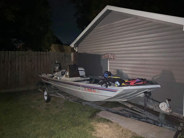 1988 Bass Boat Starcraft For Sale In Crosby  Tx