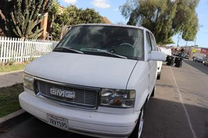 1998 GMC CHEVY ASTRO for Sale in Los Angeles, CA