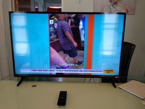 Vizio 40 inch smart TV for Sale in Fort Erie, ON