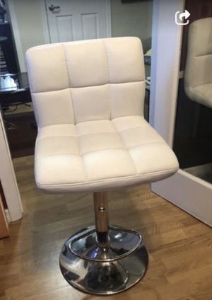 Bar chair white for Sale in Miami, FL