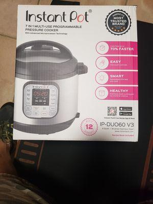 Instapot 7in1 automatic pressure cooker for Sale in Boynton Beach, FL