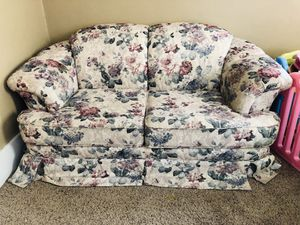 Sofa for Sale in Brookings, SD
