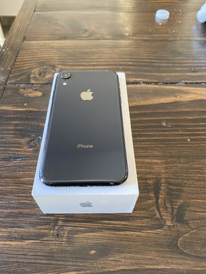 All black iPhone XR 64gb ... can be used with at&t cricket unlocked. Hablo español para AT&T cricket h20 for Sale in Los Angeles, CA