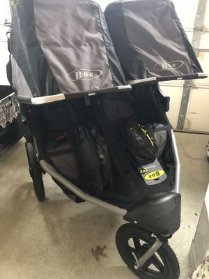 Bob Double Stroller with unused handlebar console and handlebar cup holder. for Sale in Evesham Township, NJ