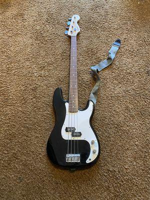 Fender Squier Bass for Sale in Montebello, CA
