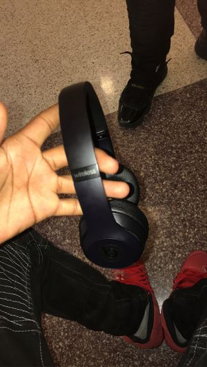 Beats solo 3 for Sale in Burnsville, MN