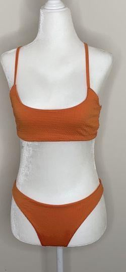 Prettylittlethings Two Piece Orange Swimsuit for Sale in Atlanta,  GA
