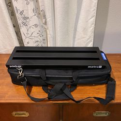 Pedaltrain Metro 24 Guitar Pedalboard With Soft Case/Bag for Sale in Hillsboro,  OR