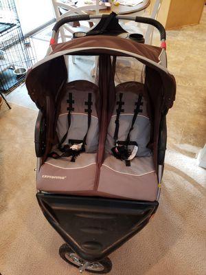 Baby Trend jogging double stroller for Sale in Chesapeake, VA