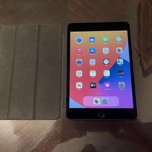 5th Gen iPad Mini 64gb for Sale in Long Beach, CA