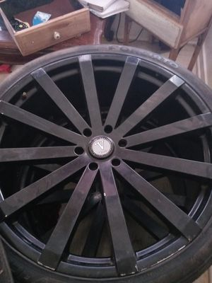 Rims 26 in ready to put on your car for Sale in Fresno, CA