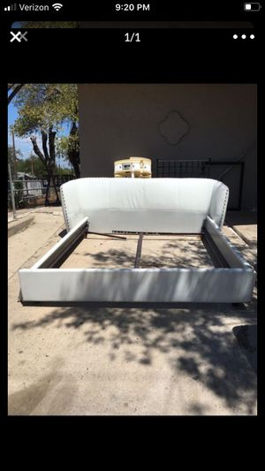 White king size bed frame for Sale in Encinal, TX