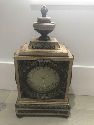 Antique Clock $50 for Sale in Miami, FL