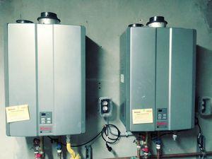2 Rannai 19k btu gas tankless water heaters for Sale in North Miami, FL