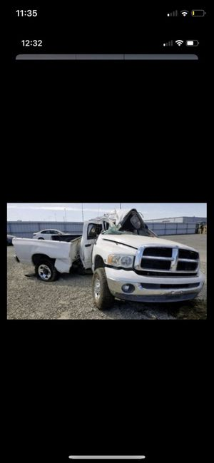 Dodge Ram 2500 series 2004 parting out for Sale in Camas, WA