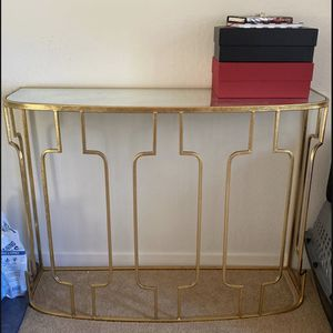 Gold mirrored end and side table for Sale in Lafayette, CA