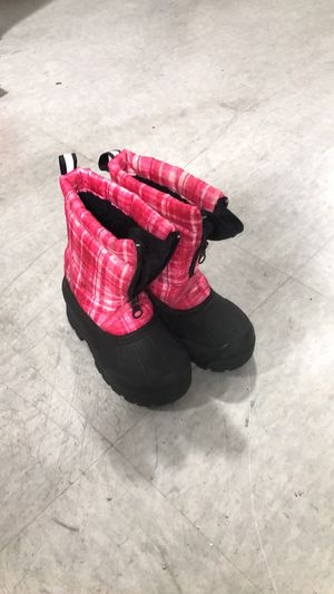 Kids snow boots size 8 for Sale in Anaheim, CA