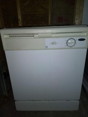 Whirlpool dishwasher good condition for Sale in Bluffton, SC