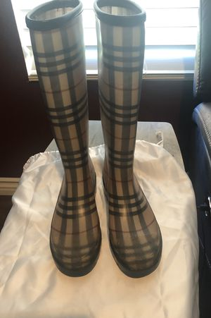 Burberry Rain Boots for Sale in Perris, CA