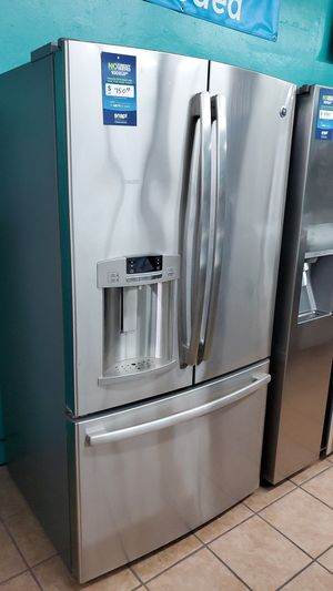 G.e refrigerator stainless for Sale in Hawthorne, CA