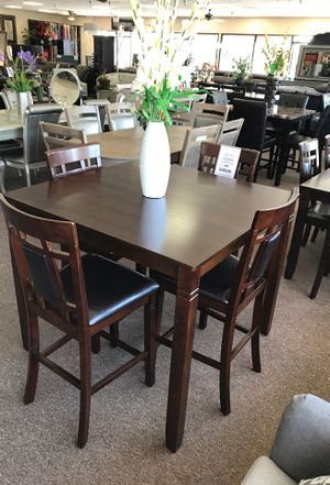 5-pcs dining table on sale @ elegant furniture for Sale in Fresno, CA