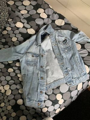 Zara Distressed Jean Jacket. 1975 collection size large for Sale in Wheaton-Glenmont, MD