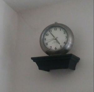 Old clock for Sale in Levittown, PA