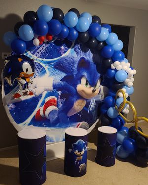 Sonic balloon garland for Sale in Lake Elsinore, CA