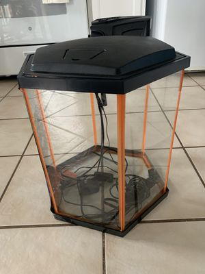 8 gallon fish tank for Sale in Imperial, MO