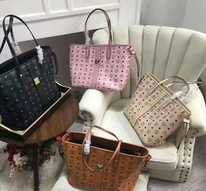 MCM leather tote bag ( shipping only) for Sale in Winter Park, FL
