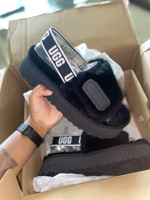 Ugg's Disco Slide - Size 9 for Sale in Upper Darby, PA