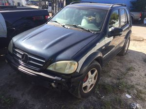 2000 Mercedes Benz ML55 AMG W163 for parts for Sale in Clearwater, FL
